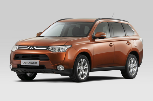 2013 mitsubishi outlander receives 5 year cost to own award from kelley blue book uncategorized. Black Bedroom Furniture Sets. Home Design Ideas